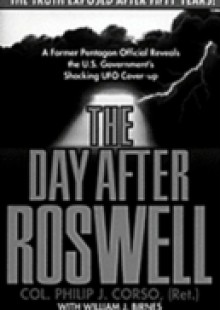 Обложка книги  - Day After Roswell