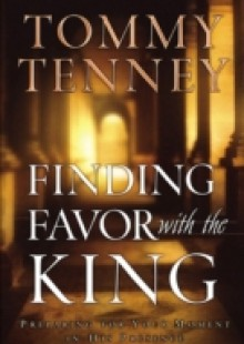 Обложка книги  - Finding Favor With the King